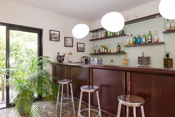 Photo du bar de l'hôtel les amandiers à Tournon sur Rhône